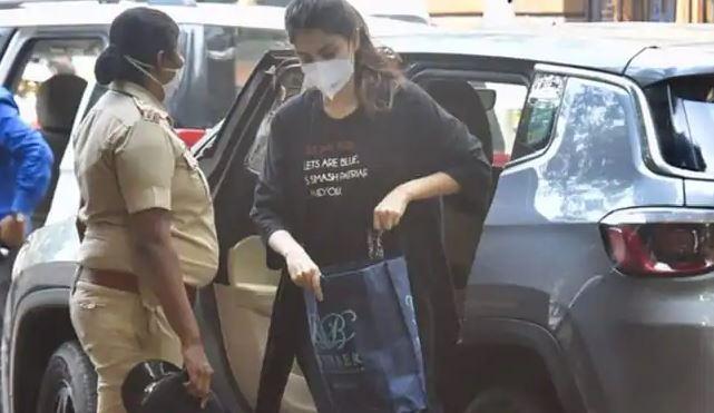 Riya Chakravarthi