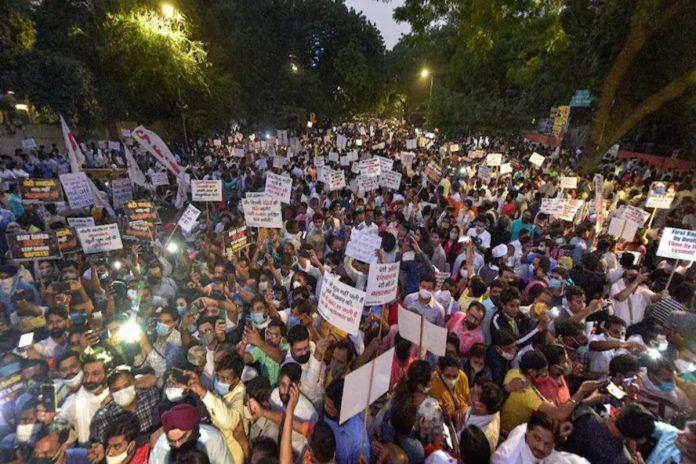 congress protest hathras