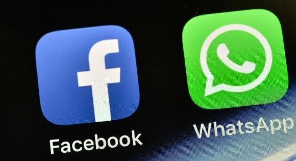 WhatsApp ,Facebook